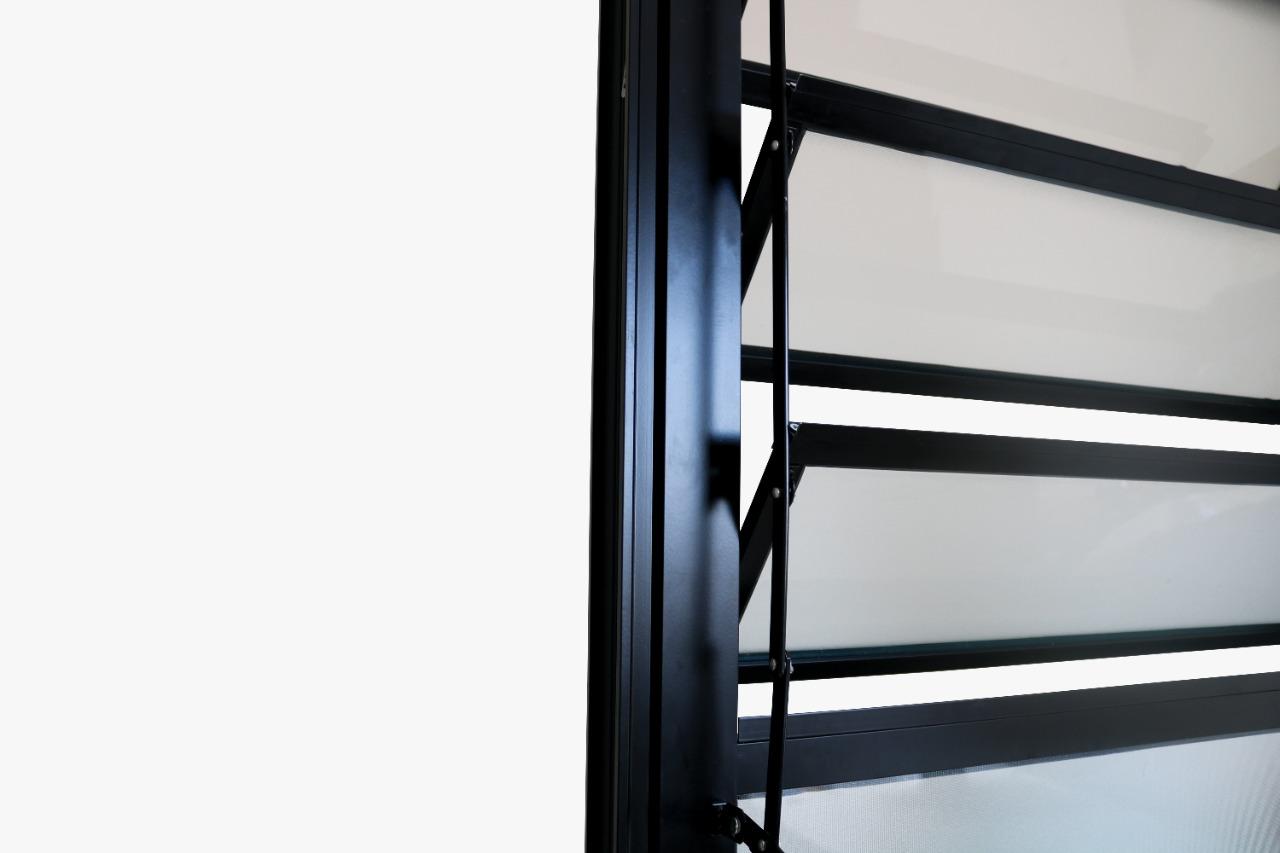 Porta de Alumínio Preto de Cozinha Basculante CMC Modular - Lado Dire - 2